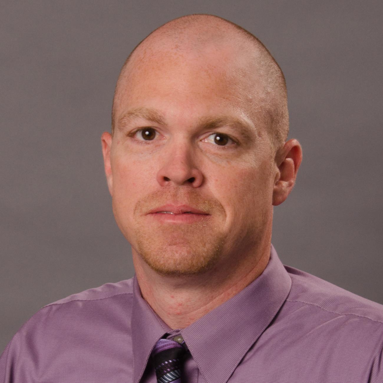 Derek T. Resume Picture
