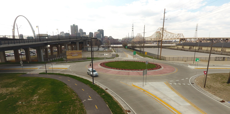 River Bridge District Roundabout - TWM